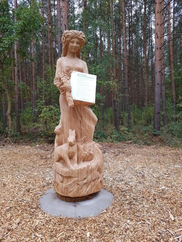 Mutter Erde 620x827 Mitgliederversammlung des Fördervereins mit Naturpark Stammtisch