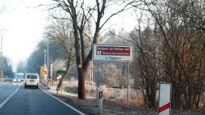Touristischer Hinweis an der B109 - Bahnhof Jatznick (Foto: Naturpark-Archiv)