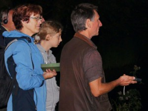 Fledermaustour-mit-Bat-Detaktoren - Copyright: Naturtpark Barnim