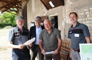Freuen sich über die Unterzeichnung der Kooperationsvereinbarung: (von links) Elmar Lakenberg, Staatssekretär für Umwelt & Klimaschutz Berlin Stefan Tidow, Dr. Peter Gärtner und Romeo Kappel (Foto: Naturpark Barnim)