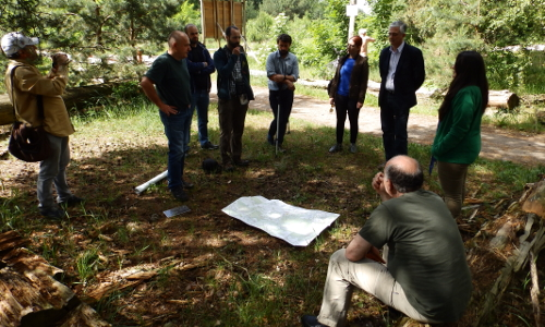 Kaukasusb Kaukasische Naturschützer  machen sich mit Erfahrungen des Hobrechtsfelder Waldweideprojekts vertraut