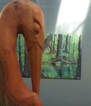 """Skulpturen und Gemälde im Biosphären-Infozentrum """"Haus der Langen Rhön"""", Foto: Adrian Griebel"""