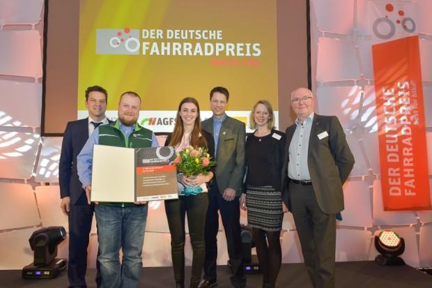 Foto Fahrradpreis 620x413 Naturpark Bergisches Land holt Silber beim Deutschen Fahrradpreis