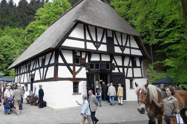 Haus Dahl 620x412 06.08.2017: Wandern und Einkehr im Museum Haus Dahl in Marienheide Müllenbach