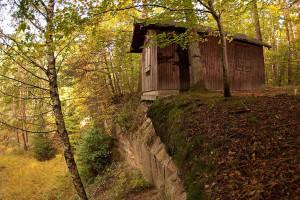 Klicken Sie auf das Bild des Tages im Fotoportal: Schlierkopfhütte – © VDNMatze - Stromberg-Heuchelberg