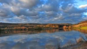 Klicken Sie auf das Bild des Tages im Fotoportal: Sonnenaufgang beim Naturparkzentrum – © VDNDietmar Gretter  - Stromberg-Heuchelberg