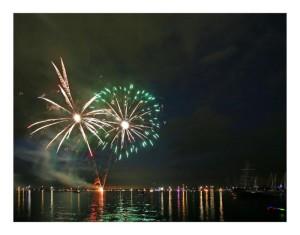 Klicken Sie auf das Bild des Tages im Fotoportal: Steinhuder Meer in Flammen #2 – © VDNVolker Birke - Steinhuder Meer