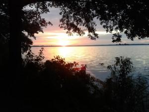 Wenn die Sonne im Meer versinkt – © VDNErnesto – Steinhuder Meer
