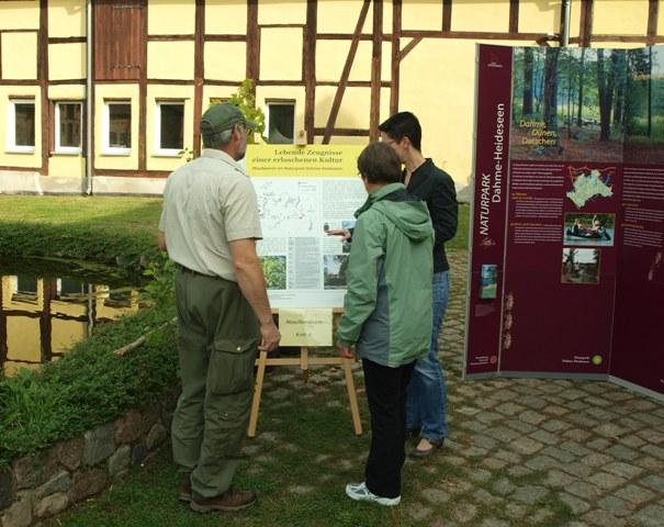 NPDH Denkmaltag 2015 G Heyne Viele Besucher kamen zum Denkmaltag nach Kossenblatt