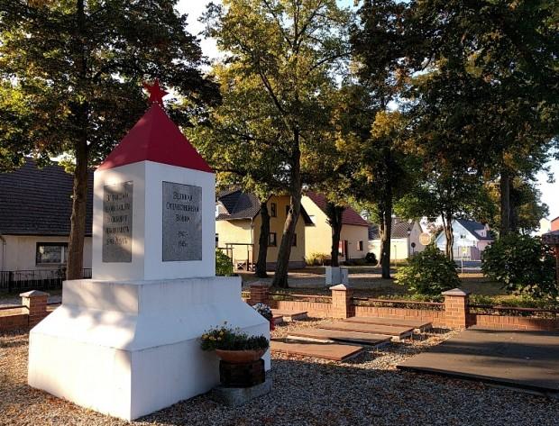 Sowjetischer Eherenfriedhof Gräbendorf Sonnenberg 620x473 Tag des offenen Denkmals am 10. September in Gräbendorf