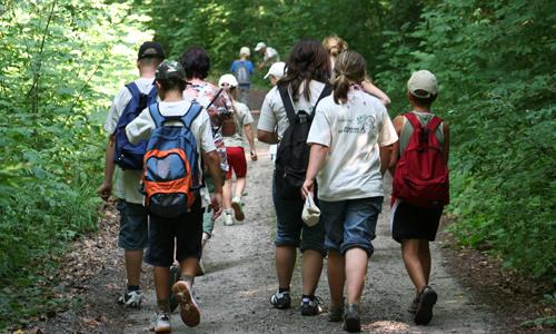 4682 Wanderverband zeichnet Kita in Bad Schmiedeberg aus