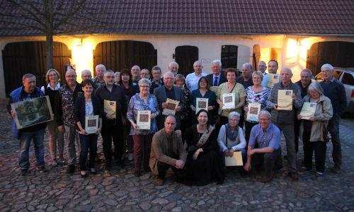 Aktien1 Im Naturpark Dübener Heide gibt es über 50 Heide Aktionäre