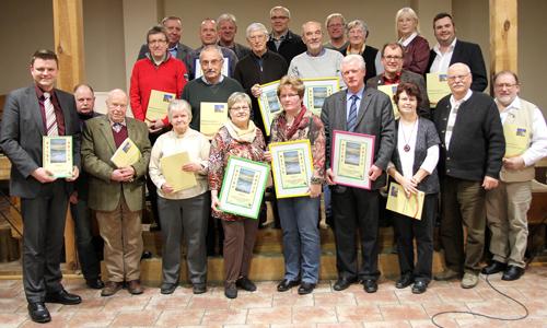 Aktionäre1 Über 40 neue Heide Aktionäre engagieren sich für den Naturpark Dübener Heide