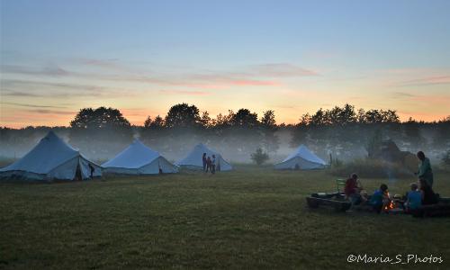 Campatmosphäre Foto barfuß eV 500 Sommerferien im Natur Erlebnis Camp Trampelpfad: Anmeldung für 2020 eröffnet