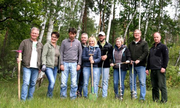 Engagementtag Evonik Gruppenbild 500 300 620x372 Erlebnis Biber, Heidewald und Moor: Evonik Mitarbeiter engagieren sich in der Heide