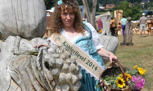 IMG 3412 Cornelia Schörner   die neue Köhlerliesel der Dübener Heide