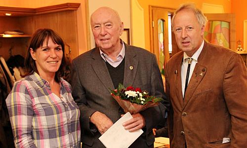 IMG 5669 25 Jahre Heideverein mit Ausstellung und Wandernadeln in Gold gefeiert