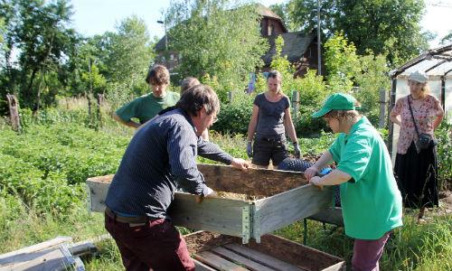 IMG 8372 g1 Soziales Gärtnern in der Dübener Heide