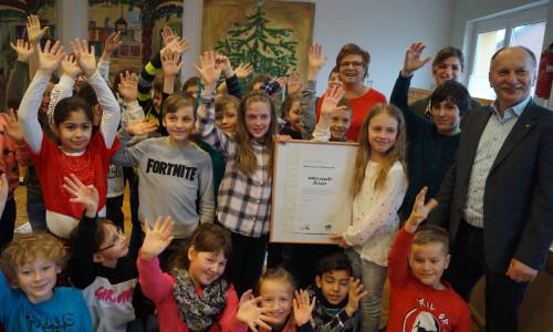 Naturparkschule Authausen 500 Auszeichnung: Die Grundschule Authausen ist Naturpark Schule