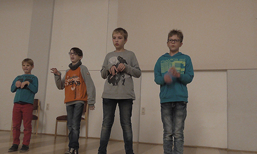 Theaterprojekt Salus Pretzsch Foto Larsen Sechert 500 300 Salus Kinder machen heimische Flora und Fauna zu Stars im eigenen Theaterstück