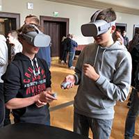 Beim Zukunftskongress die Technologien von morgen testen (c) Digitales Zukunftszentrum Allgäu-Oberschwaben