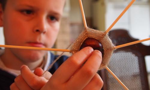 basteln1 Ferienkinder aufgepasst: Neues Sommerferienprogramm im Haus am See in Schlaitz