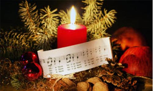 singen Zweiter Adventssonntag: Am NaturparkHaus werden Weihnachtslieder angestimmt