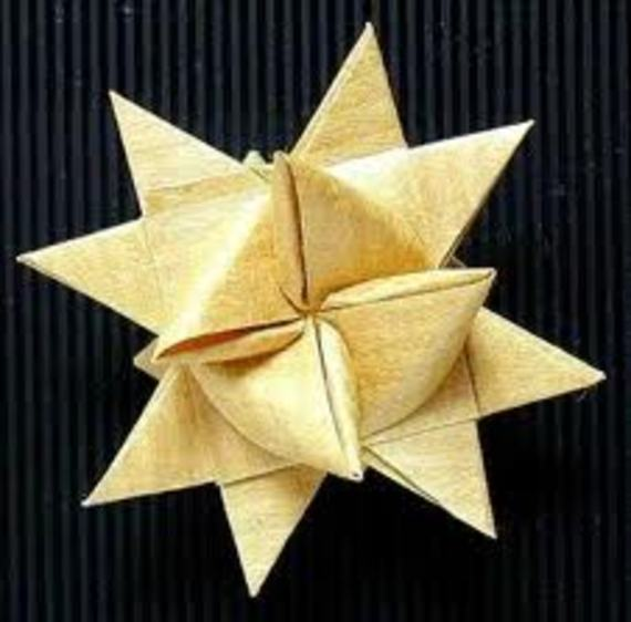 Fröbelsterne2 Samstag, 31.10., 14 15.30 Uhr: Fröbelsterne aus Papier – Der Klassiker für die Advents  und Weihnachtszeit