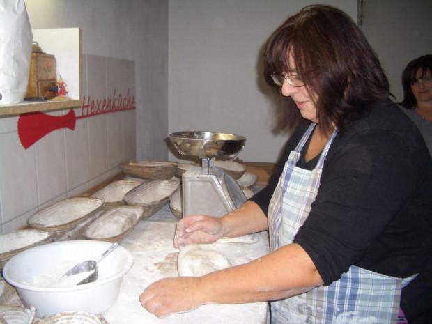 Kräuterd Nagel Brot CIMG3933 12 620x465 Fr, 17.06., 18 21 Uhr: Eine runde Sache – Klöße!