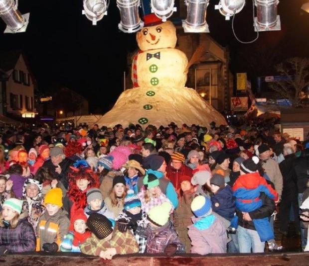 Schneemannfest 15 q 620x535 Montag, 08.02. ab 15 Uhr: Bischofsgrüner Schneemannfest