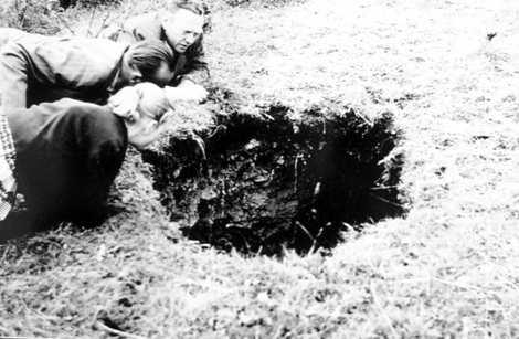 Blick in das Kuhloch 1958 C Geo Naturpark Frau Holle Land Wacholderheide Hie  und Kripplöcher
