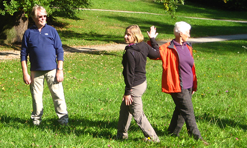 Naturpark Habichtswald CMerkel Gesundheitswandern2 Gesundheitswandern auf dem Habichtswaldsteig