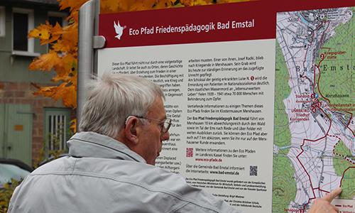 Naturpark Habichtswald Schwarzer 2013 EcoPfadFriedenspädagogik2 Führung auf dem Eco Pfad Friedenspädagogik Bad Emstal