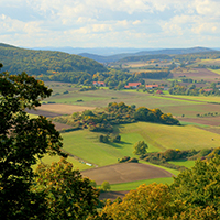Naturpark Habichtswald VDN Jana Eichel Blick vom Schreckenberg Eseltrekking – Unterwegs mit den Schlossberg   Langohren