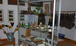 WildeWochen Vitrine 300x180 Wilde Wochen im Naturpark Habichtswald