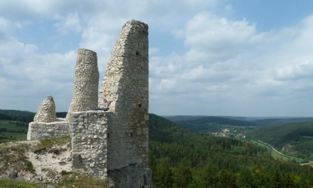 Hohenburg c Naturpark Hirschwald 620x372 Geführte Wanderung zur Burgruine Hohenburg