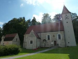 Kirche_St._Martin_Pfaffenhofen__c__Naturpark_Hirschwald