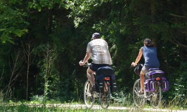Radfahrer c Naturpark Hirschwald 620x372 Radfahren mit und ohne Strom im Naturpark Hirschwald