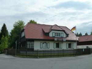 Waldhaus (c) Naturpark Hirschwald