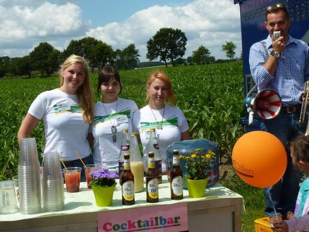 Damen der Stadt Olfen mit NaturparkTshirt 620x465 Steverauenfest in Olfen