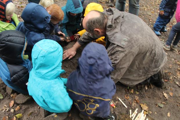 """IMG 6702 kleiner 620x413 Naturpark Entdeckertag mit den Kindergartenkindern """"Die Waldmäuse"""" aus Heiden"""