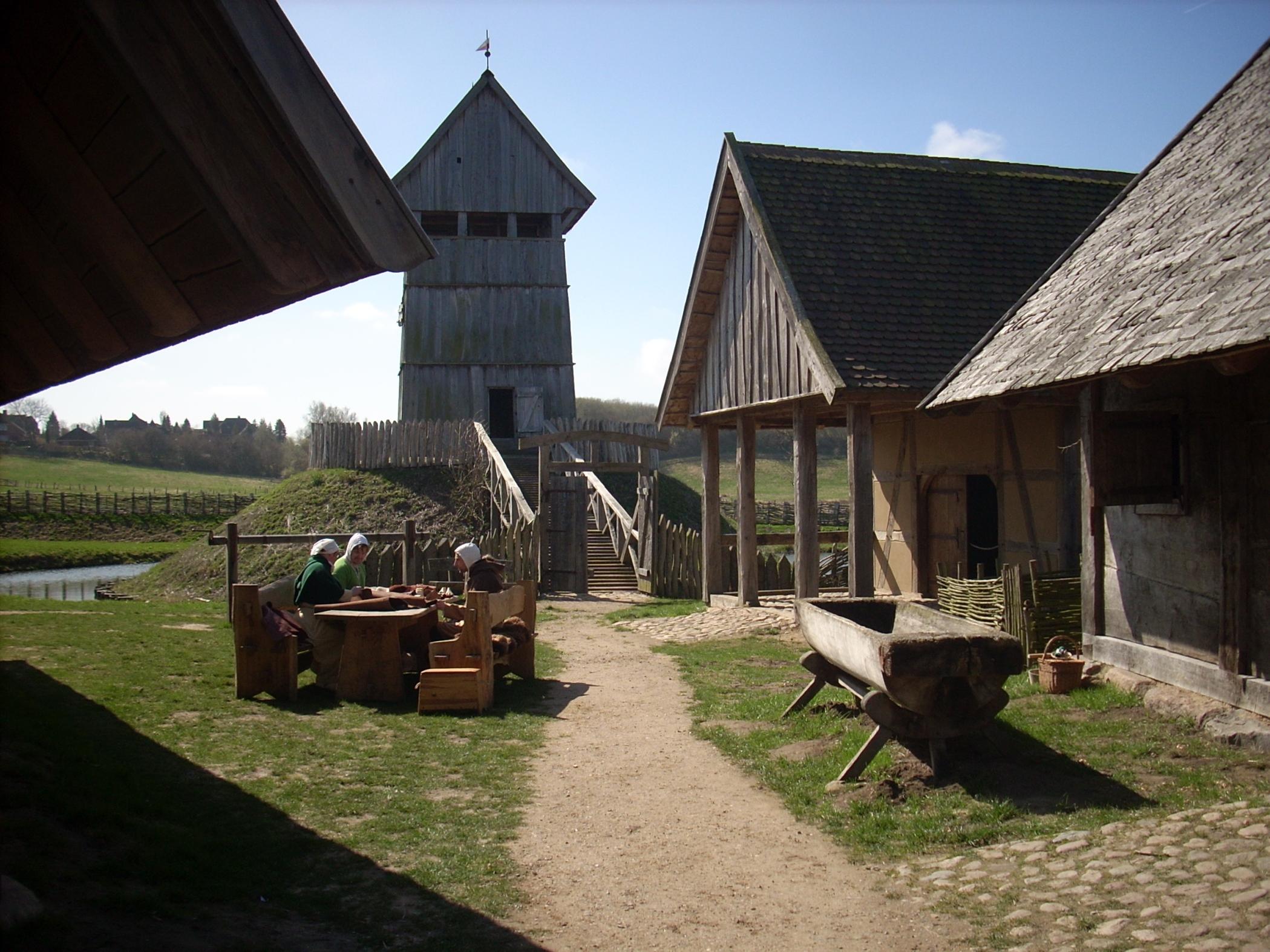 """FotoGesellschaft der Freunde der mittelalterlichen Burg in Lütjenburg e. V. Vortrag:  """"Landwirtschaft im Mittelalter"""""""