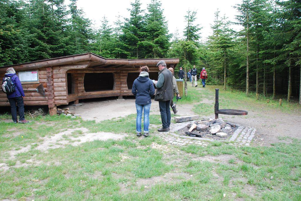 Naturlandet Shelter Grillplatz Ideenaustausch in Dänemark
