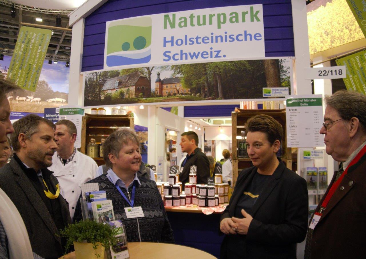 Staatssekr Anke Erdmann b Holsteinische Schweiz wieder groß in Berlin auf der IGW 2018