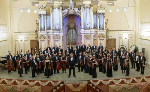 "Philharmonie Lemberg 2017 © Sergiy Horobets k ""Pariser Leben"" Neujahrskonzert"