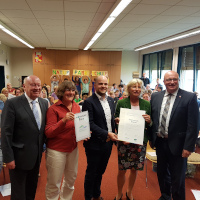 (c) Lahn-Dill-Bergland_Verleihung_Zertifikat_Holderbergschule_Q
