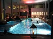 (c) Bad Endbach_Schwimmen bei Kerzenschein_k