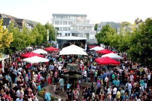 c Haiger Altstadtfest 2013 300x200 HESSENSCHAU SOMMERTOUR 2015