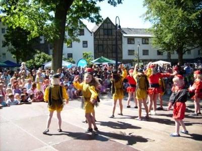 c Herborn Kinderfest Landeskindertrachtentreffen in Herborn