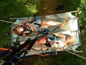c Kletterwald wetzlar Übernachtung Portaledge 300x225 Portal Edge Übernachtung im Baum auf 6 10m Höhe !!